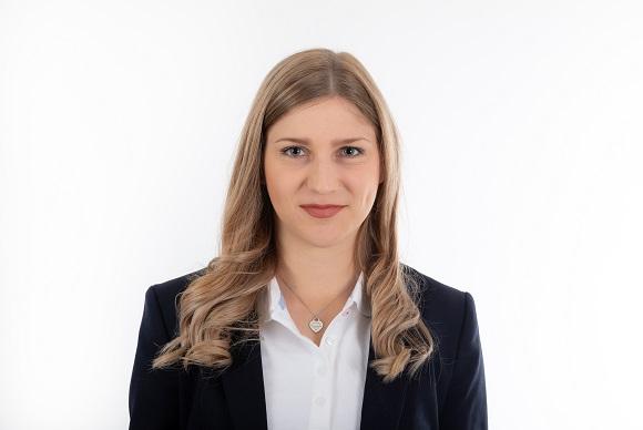 Laura Jagerhofer, BA